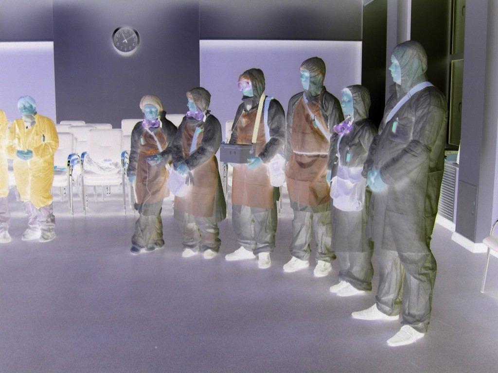 бригада сотрудников московской санэпидемстанции на собрание